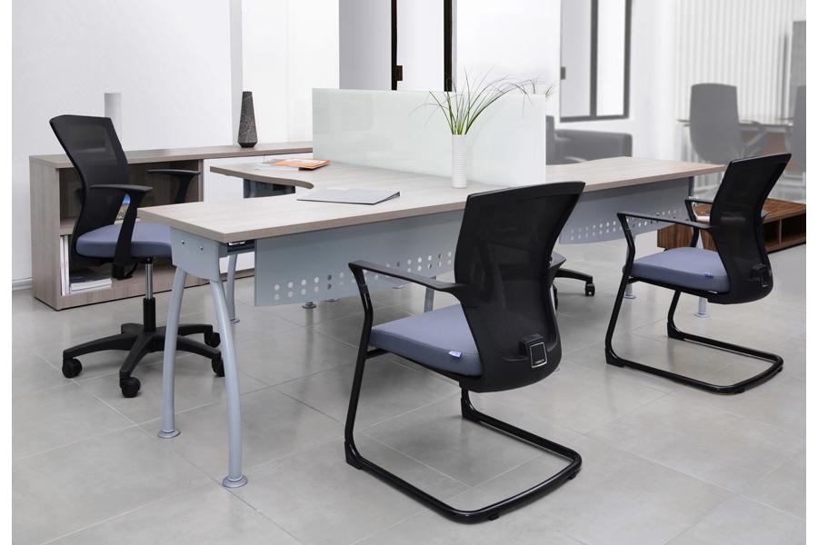 Estaciones de trabajo tipo panel escritorios modulares for Muebles de oficina zona san martin